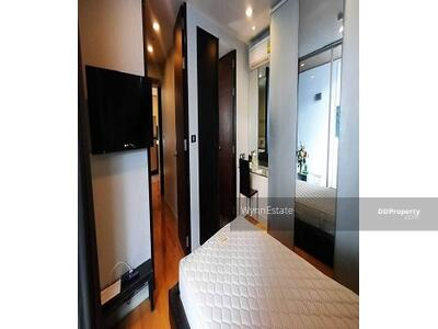 For Rent - Best Price for Rent  Quad Silom 24, 900 THB Near BTS Chong Nonsi  Fully furnished
