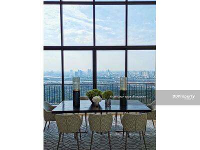 For Sale - ((Sell)) EQUINOX Phahon-Vipa, size 290. 92 sq m, 4 bedrooms, fully furnished, selling price only 45. 5 million, ready to move in.