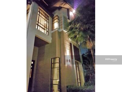 For Rent - Four Bed House for Rent & Sale in Phra Khanong MSP-28224