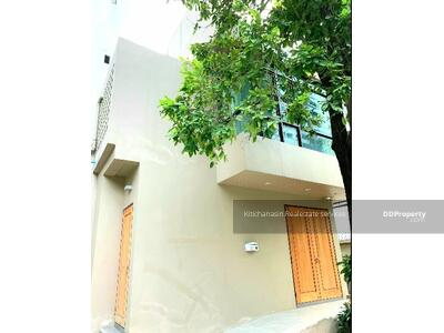 For Rent - Code KRE X423, single house for rent in Soi Phrom Phong, 2 bedrooms, 2 bathrooms, area 94 sq m, 2 floors, rent 45000 baht @LINE: 0807811871 Khun On