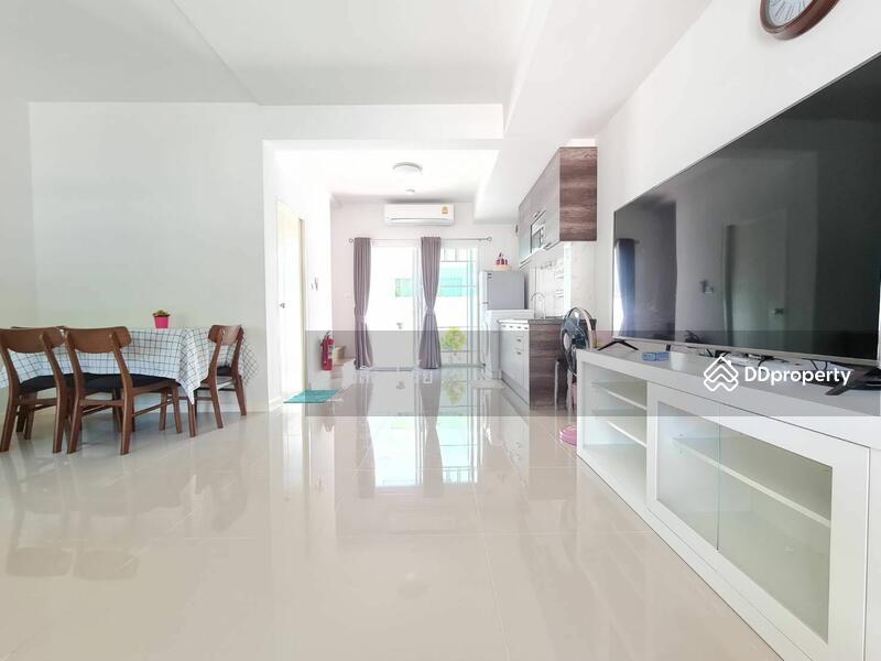Villaggio Bangna : วิลเลจจิโอ บางนา #86450348