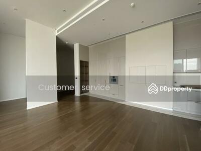ขาย - CRP-D9-CD-640165 For Sale, Kraam Sukhumvit 26, Penthouse, size 229 Sq. m. , 4 Bed 4 Bath, Fully Fitted, Close to BTS Promphong only 5 minutes by walk.