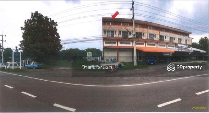 ตึกแถว หมู่ 5 ถนนเลียบคลองชลประทาน (นม.3024) ตำบลด่านเกวียน #82199572
