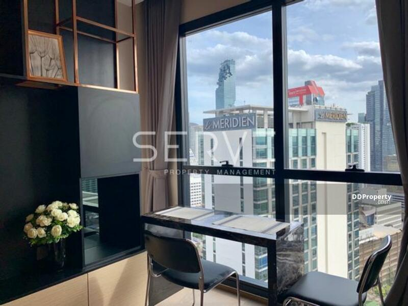 Modern Luxury 1 Bed  Unit with Partition in Samyan Area // Unblock View of South Side -Ashton Chula