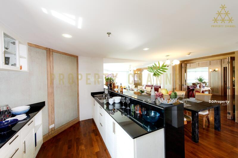 (S-C1951) UNIQUE THAI-TRADITIONAL PENTHOUSE IN SATHORN FOR RENT #82664328