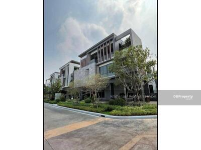 For Sale - Code KRE X1079 Luxury single house Ekamai - Praram 9, 3 bedrooms, 4 bathrooms, area 372 sq m, 3 floors, sale 29. 90 MB @LINE: 0962215326 Khun New