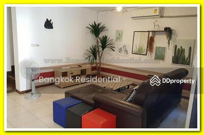 ให้เช่า - 4 Bed Townhouse in Asoke BR8821TH