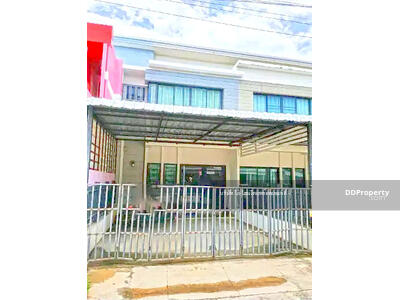 For Rent - 5A2MG0281   Two storey townhome  for rent with  3 bedrooms and  2 bathrooms  utility space in 20 sq. wah.