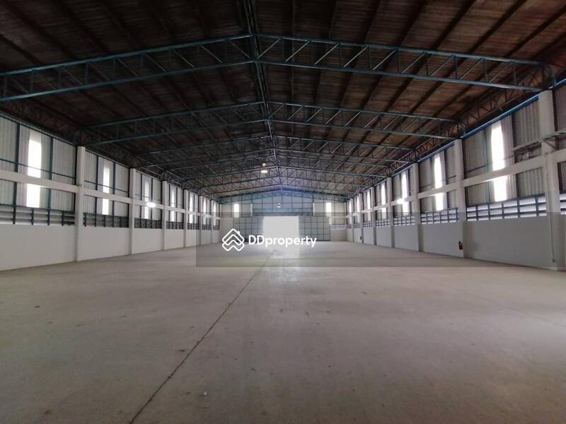 Warehouse Si Racha District, near Pinthong I.E.1 #82898564