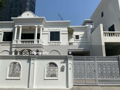 ให้เช่า - 4 bedrooms For Rent in Thong lor, Bangkok