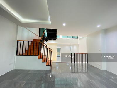 For Sale - Udomsuk House for sale, 4 bedrooms, 2 parking, renovated, wide balcony, special promotion