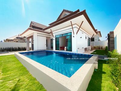 For Sale - Pool Villa Huahin neay by beaches and golfcourse