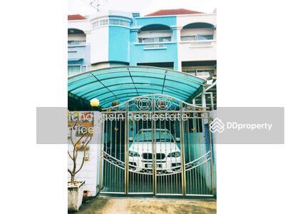 ให้เช่า - รหัส KRE B174 ทาวน์โฮม หมู่บ้านแฮปปี้แลนด์ ซอยลาซาล 32 แบบ 3ห้องนอน 5ห้องน้ำ เนื้อที่ 32 ตร. ว 4 ชั้น เช่า 29, 000 บาท @LINE:0807811871 คุณ ออน