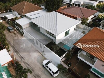 ขาย - Nu042 ขายบ้านเดี่ยว 2 ชั้น พร้อมสระว่ายน้ำ ใกล้ เอกมัย และ ทองหล่อ โทร 0647464265