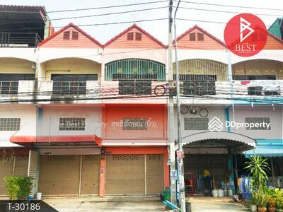 ขาย - ขายอาคารพาณิชย์ 3 ชั้น ติดถนน อำเภอพานทอง จังหวัดชลบุรี