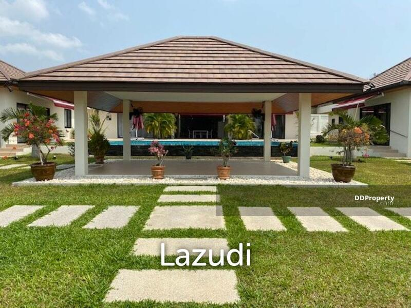 Lazudi MALPROW VILLAS : Great Design 3 or 4 bed Bali style pool villa.