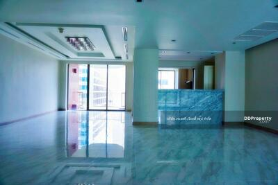 For Sale - 900845T Sale or for Rent 3 bedrooms Chidlom Place