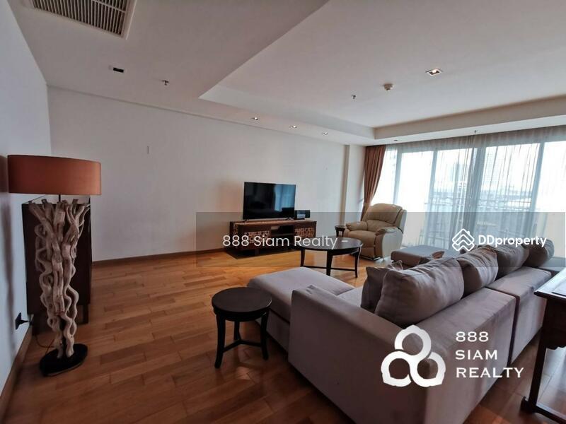 Belgravia Residences condominium #84930702