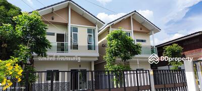 ขาย - เจ้าของขายเอง บ้านเดี่ยวสร้างใหม่ ถนนสุขุมวิท 101/1 ซอยประวิทย์และเพื่อน 12