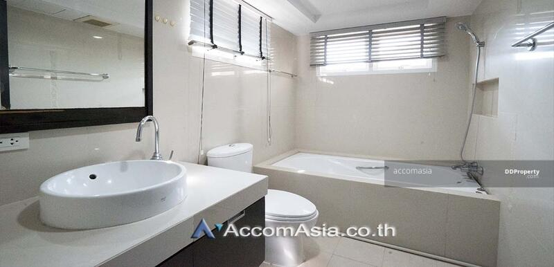 House in compound House 4 Bedroom For Rent in Petchaburi Bangkok ( AA27418 ) #85169202