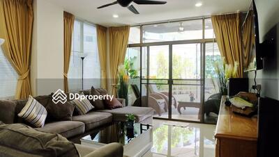 ขาย - 3 Bedroom Condo in Grand Condotel in Jomtien C002109