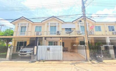 For Sale - Townhouse for sale, Prueksa Ville 36, Songprapa - Don Muang, a beautiful house, ready to move in, near Rangsit University, Don Muang Airport