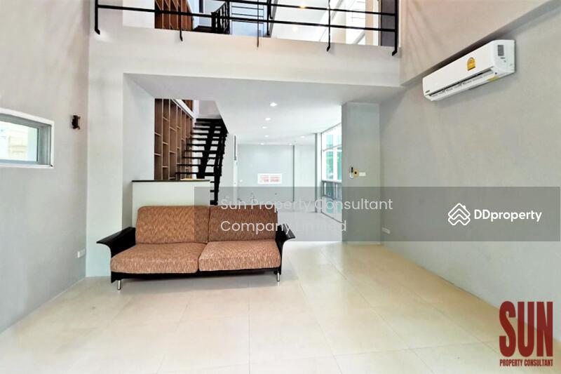 House Sukhumvit 49 #87874468