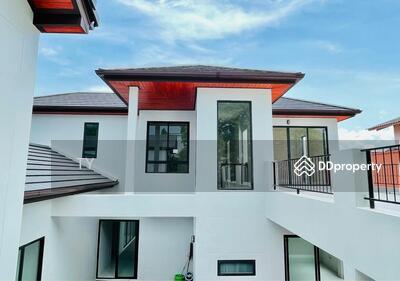For Sale - PE-00182 ขายด่วน ! บ้านเดี่ยว 2 ชั้นซอยเสรีไทย 41 มีสระว่ายน้ำในตัวบ้าน