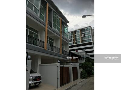 ขาย - ขายบ้าน สร้างใหม่ ใกล้MRT   3นอน   6. 25ลบ.  โทร. 0864099920 คุณวี 0853535888 คุณชัยพร line CPG888
