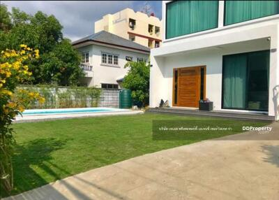 For Rent - JSOWN0019 Detached House with private pool for rent Udomsuk 42 with 5 bedroom 3 baths 90, 000 THB. /month
