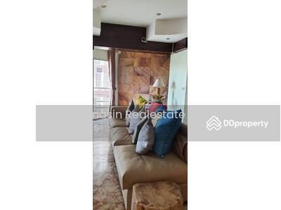 For Rent - Notify the code KRE-A4374 RIMHAT CONDOMINIUM, 2 bedrooms, 1 bathroom, 101 square meters, XX floor, rent 10, 000 baht @line: 0835029312 You omery