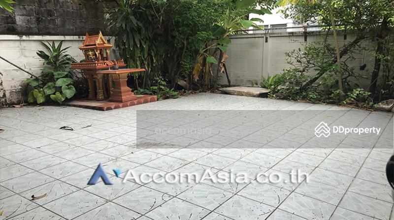 A Single 2 Storey House on 100 sq.w. Available For Sale On Ekkamai Location (AA25650) #85829170