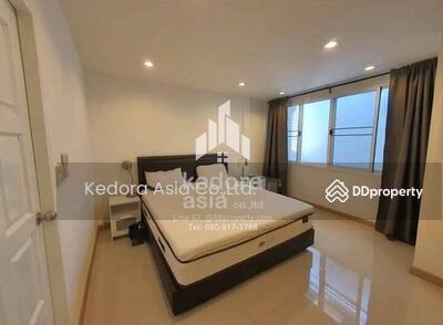 For Sale - Newly renovated townhouse phra khanong (Sukhumvit 71)