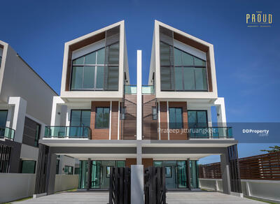 For Sale - บ้านแนวคิดใหม่3ชั้น ดีไซน์โมเดิร์น กว้างพิเศษ ใจกลางเมืองใกล้บางแสน