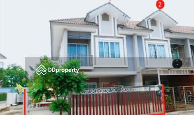 ขาย - ขายถูก! ทาวน์เฮ้าส์ หมู่บ้านเซนสิริ จังหวัดชลบุรี 03-88-04977