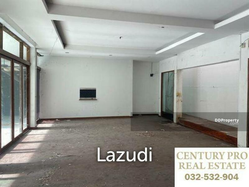 Lazudi BLACK LOTUS : Renovation Project for a 4 or 5 bed pool villa, previously for sale at 14.5M