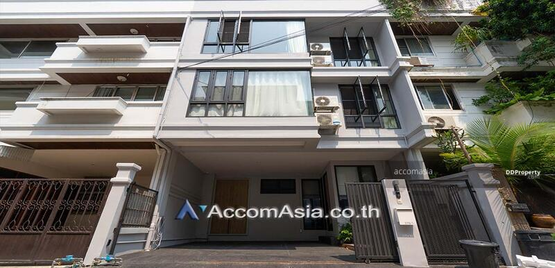 Townhouse 4 Bedroom For Rent & Sale BTS Phra khanong in sukhumvit Bangkok (AA28377) #86118084