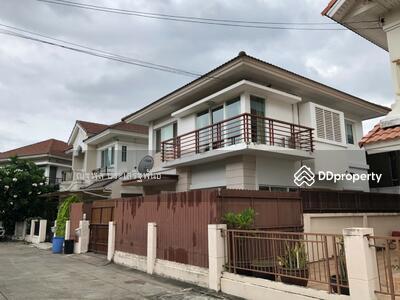 For Rent - House for rent at The Villa Rattanathibet Village near MRT Saimar