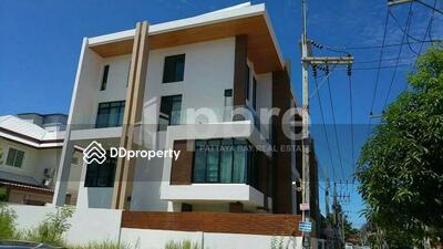ให้เช่า - RENT - ทาวน์โฮมให้เช่า เดอะวิน เรสซิเดนซ์ 4 bedrooms (Ref 2676R) (200 Sqm)