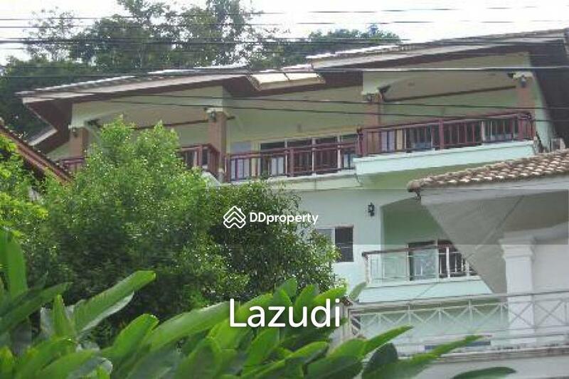 Lazudi Large Phuket Town house