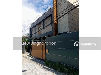 For Sale - ขาย บ้านเดี่ยว บ้านสถาปนิกซึ่งออกแบบเองและควบคุมการก่อสร้างเอง บ้านเดี่ยวบางแวก42 350 ตรม. 78 ตร. วา