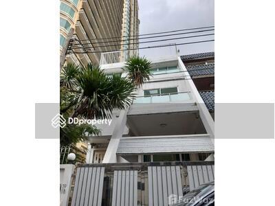 ขาย - ขาย ทาวน์เฮ้าส์ 5 ห้องนอน ใน คลองเตยเหนือ, กรุงเทพมหานคร