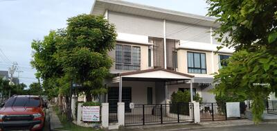 For Rent - Townhome for rent, Near Assumption University, Corner room, Fully furnished, Modi Villa Bangna