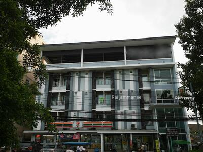 For Sale - Apartment/Serviced Apartment Building for Sale in Prakanong with high return