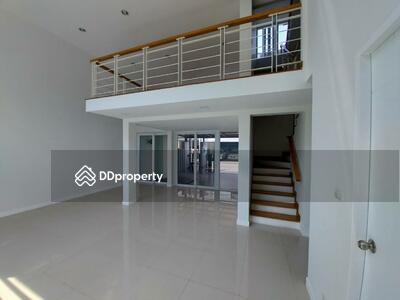 ขาย - ขาย ทาวน์เฮ้าส์ 3 ห้องนอน ใกล้สถานี Lat Phrao MSP-35076