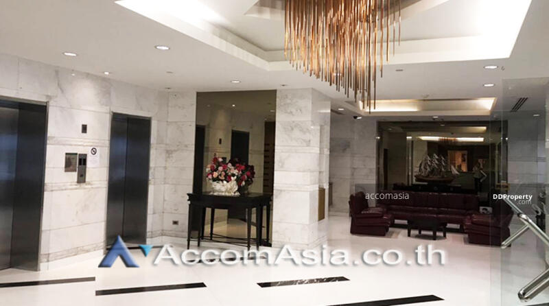 Lee House Deluxe Apartment 3 Bedrooms For Rent BTS Thong Lo in Sukhumvit Bangkok (AA22801) #87629552