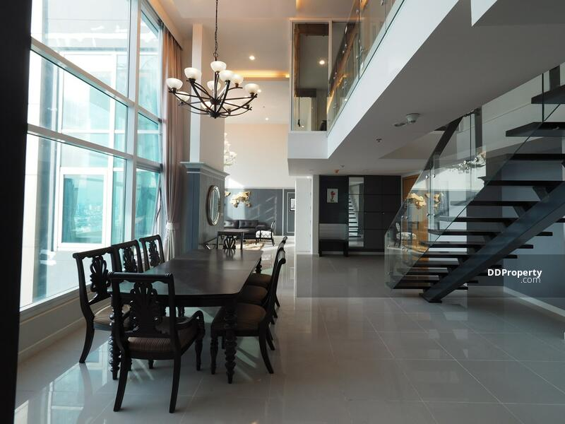 4 bedroom penthouse for rent at Circle Condominium #89831730
