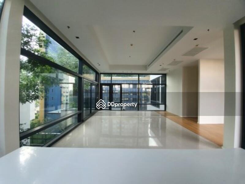 Circle Living Prototype 3 bedroom condo for rent #89824984