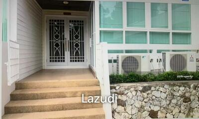 For Sale - 2 Bedrooms Townhouse for sale