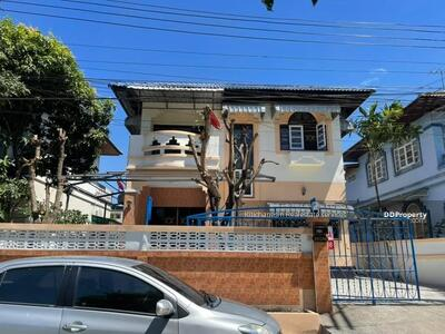 For Sale - Notify the code KRE-X5923 Single house, Suwanna Village, 3 bedrooms, 2 bathrooms, area of 56 sq. w. 2 floors, sold 3, 250, 000 baht **** If not answered, please add Line 0962215326 Khun Omelet****